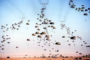spadochroniarze i jednostki wojskowe bodyflying
