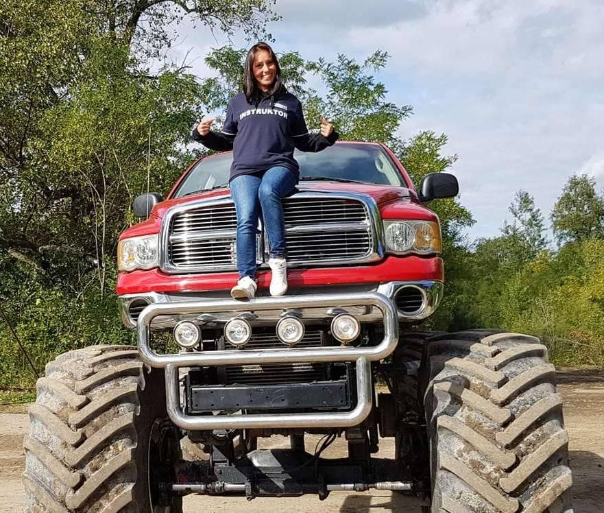 rekrutacja monster truck